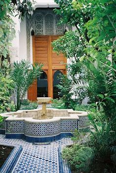 It is possible to buy a fully assembled house, or a kit that needs you to construct the house yourself. Tree house plans permit you to benefit from lo. Small Balcony Design, Patio Design, Garden Design, Canopy Outdoor, Outdoor Rooms, Outdoor Living, Moroccan Garden, Moroccan Style, Tree House Plans