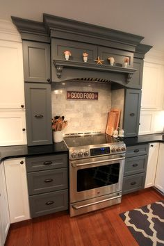 The Great Big Remodeling Project of Grey & White Kitchen Kitchen With Big Island, Big Kitchen, Kitchen Redo, Kitchen Dining, Kitchen Ideas, Dining Room, Gray And White Kitchen, Diy Home Improvement, Home Remodeling