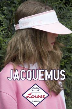 La visière « J'aime la vie » de Larose pour Jacquemus | DailyELLE