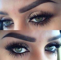 Smokey eye with fake eyelashes