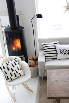 Greys, wood, white, black :: Scandinavian home Living Room Interior, Home Living Room, Apartment Living, Living Room Decor, Living Spaces, Style At Home, Modern Rustic Decor, Scandinavian Living, Scandinavian Fireplace