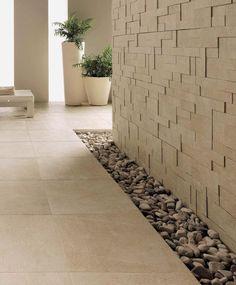Refin Arketipo. Moderne, men samtidig rustikke fliser til gulv, med tilhørende mosaikk. Frostsikre, kan også brukes ute.