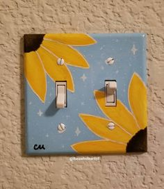 Shared by mari. Find images and videos about sunflowers, light switch and vsco girls on We Heart It – the app to get lost in what you love. Cute Canvas Paintings, Small Canvas Art, Mini Canvas Art, Diy Canvas, Painting Canvas, Art Paintings, Mirror Painting, Acrylic Paintings, Portrait Paintings