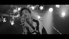 エル・ガール・オンライン完全独占! 村上虹郎が歌う、映画『黒い暴動♥』でのロックバンドシーン特別映