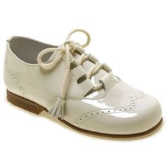 Picture of Boys Ivory Patent Brogue Shoes 1428 boys ivory patent shoes 2
