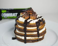 | Cookies and Cream Protein Pancakes | http://www.macro-chef.com