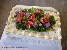 Kääpiölinnan köökissä: Valon pisaroita - kakkuja ylioppilaalle ja ylistys ystävyydelle ♥