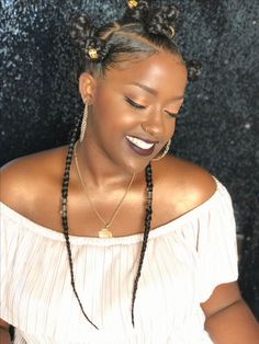 Makeup By Akilah Bradshaw Beauty 💄 Bantu Knot Hairstyles, Knot Out, Hair Knot, Bantu Knots, Twist Braids, Protective Styles, Hair Goals, Hair Ideas, Black Hair