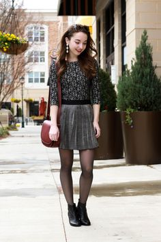 Prep Style, Style Me, Cool Style, Sexy Outfits, Cute Outfits, Pantyhose Outfits, Fashion Tights, Black Tights, Hosiery