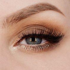 Eye make up Bronze Eye Makeup, Natural Eye Makeup, Makeup For Brown Eyes, Smokey Eye Makeup, Colorful Eye Makeup, Simple Makeup, Pretty Makeup, Light Smokey Eye, Soft Eyes