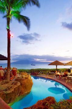 Sheraton Maui The Cliff Dive Bar Sunset