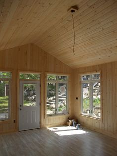 1000 images about tiny house backyard retreat on for Bunkie interior designs