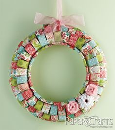 Looped Paper Wreath by Melissa K. Dehne - Moxie Fab World