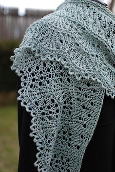 One skein project! NobleKnits.com - Kirsten Kapur Moulin Rouge Shawl Knitting Pattern PDF, $6.95 (http://www.nobleknits.com/kirsten-kapur-moulin-rouge-shawl-knitting-pattern-pdf/)