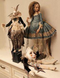 Alisa Filippova's Wonderland Arte Fashion, Fashion Dolls, China Vase, Alice In Wonderland Doll, Creepy, Drawing, Arte Popular, Lewis Carroll, Hello Dolly