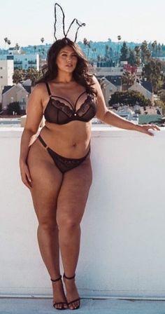 Big Girl Fashion, Curvy Women Fashion, Sexy Bikini, Bikini Girls, Sexy Women, Plus Size, Lady, Model, Bunnies