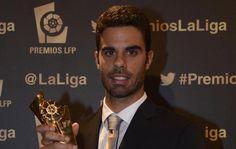 Juan Domínguez galardonado en los premios de La Liga