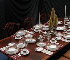 Beautiful Christmas Tablescape featuring Noritake Royal Hunt