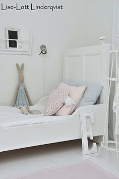 White featherdream: BABIES ROOM