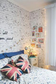 Masonry wall in white
