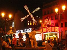 Bonjour Paris - Paris on Christmas Day - There's More to Do Than You Think