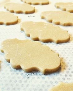 Easy dough for vanilla shortbread cookies . - Easy dough for vanilla shortbread cookies – kederecettes, welcome to Vanessa& kitchen - Biscuit Cookies, Shortbread Cookies, Vanilla Cookies, Sable Cookies, Christmas Ice Cream Cake, Strawberry Ice Cream Cake, Cookie Recipes, Snack Recipes, Best Chocolate Chip Cookies Recipe
