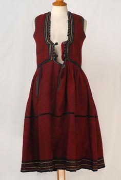 Greece, Macedonia, Drama, foustani dress, cotton, wool cordon, fullen wool, golden braid wool cord, velvet ribbon