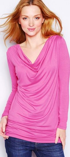 travel outfits - women's fashion - http://www.boomerinas.com/2014/05/31/wrinkle-free-jersey-clothing-for-travel-women-over-40/