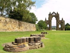 The Priory of St Mary was founded around 1119 by the Brus family of Skelton Castle, my ancestors. It was the earliest and most important Augustinian Priory in Yorkshire. At its dissolution in 1539 it was the 4th richest house in Yorkshire.