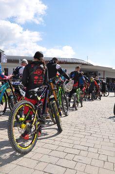 GlemmRide BikeFestival Vol. Palace, Bicycle, Bike, Bicycle Kick, Palaces, Bicycles, Castles
