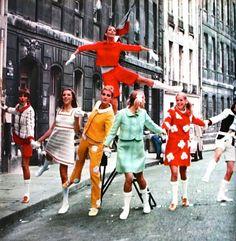 La rue Courrèges, Marie Claire (France) September 1967