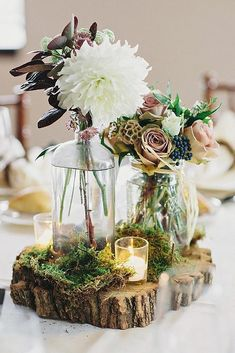 100 Fab Country Rustic Wedding Ideas with Tree Stump Tree slices as a base for the centerpieces at a garden, rustic or enchanted forest wedding – 100 Country Rustic Country Rustic Weddincountry rustic wedding ce Enchanted Forest Prom, Enchanted Forest Decorations, Forest Wedding Decorations, Enchanted Garden Wedding, Garland Wedding, Rustic Wedding Centerpieces, Flower Centerpieces, Centerpiece Ideas, Moss Wedding Decor