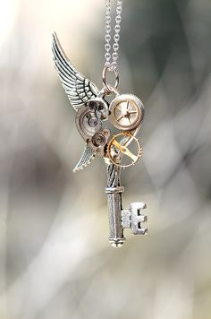 Handmade Steampunk Key Necklace - Pendants | Love steampunk stuff? --> http://www.pinterest.com/thevioletvixen/i-love-steampunk/