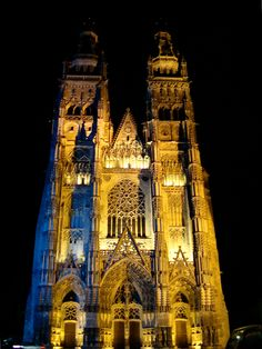 Cathedral of St Gatien, Tours, France 2008 (Photography Copyright Nana Marques)