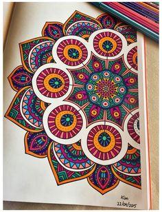 Easy Mandala Drawing, Mandala Doodle, Simple Mandala, Mandala Art Lesson, Mandalas Drawing, Doodle Art, Zen Doodle, Mandalas Painting, Mandala Artwork