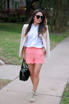 """Scalloped Shorts // The View From 5'2"""""""