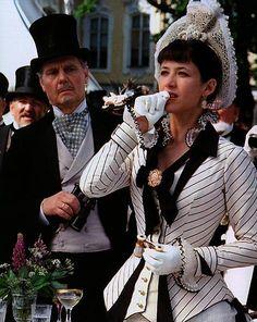 "Jacqueline Durran, ""Anna Karenina"" 1997 Film reproduction ca. 1888 gown. A Day at The Races scene tumblr_ky1m06a4IV1qa74u3o1_500.jpg"