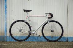 """""""ComeQuandoFuoriPiove"""" hand made Fixed gear by Ferrivecchi cicli"""