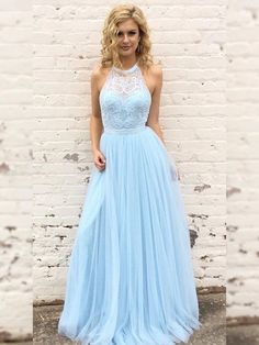 Blaues langes Abschlussballkleid, Neckholder-Abschlussballkleid, Abschlusskleid, formales Abendkleid Source by alessiacatherine dresses long Pretty Prom Dresses, Tulle Prom Dress, Ball Gown Dresses, Prom Dresses Blue, Formal Evening Dresses, Lace Dresses, Sexy Dresses, Elegant Dresses, Prom Dresses For Teens Long
