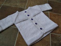 Buttoned Hooded All-in-one /& Mittens P0299a 3 sizes 0-2yrs Knitting Pattern