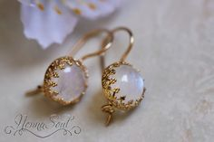 NonnaSoul Round golden earrings with moonstone - Earrings - Jewelry