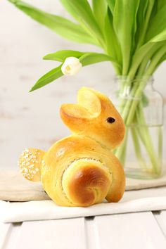 Bunny Rolls, About Easter, Home Bakery, Sweet Bakery, Easter Season, Food Decoration, Easter Holidays, Easter Dinner, Easter Recipes
