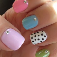 Polka Dotty Shellac Nails!!! this is what i want for Christmas,do it yourself, at home nail shellac set.<3