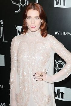 Light dress, dark nails (florence welch)