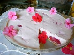 NO BAKE CREAMY STRAWBERRY CHEESECAKE - Here is an oldie of mine, but a goodie!  Visit us at: https://www.facebook.com/LowCarbingAmongFriends