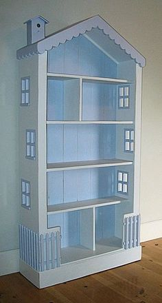 A dollhouse bookcase! Love this!