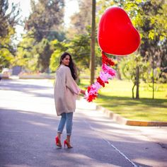 @ezbaidegescoto / #LAMBlovers / #LAMBfashion / LAMB heels / Valentine's Day style