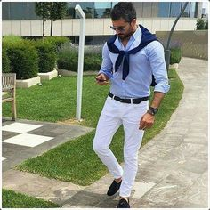 Dazzle in the party by wearing these white pants. It is the best selection in the list of all other dresses style due to the bold details that is the true source to attain an extreme lavish look.