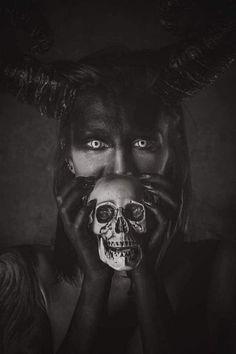 Skulls Skeletons and Reapers Alexandria Egypt, Darkness Falls, Roman Polanski, World Of Darkness, Creature Feature, Dark Fantasy Art, Skull And Bones, Skull Art, Dog Art