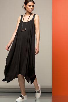 Siyah Deri Askılı Elbise 105-SATEEN167-2564